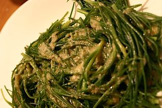 Riscoli, Barba di Frate, Monk's Beard with anchovy dressing