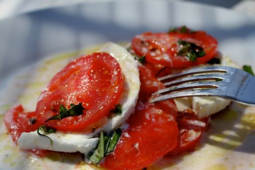 When to eat a caprese salad (1)