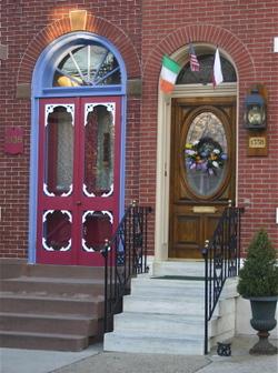 Fishtown_doorways_2