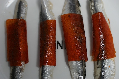 Anchovies_with_pepper_jacket