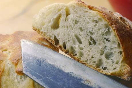 Bread_crumb_1